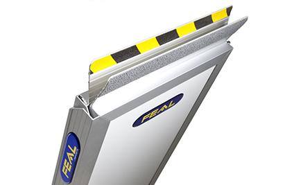 FEAL IRP portabel ramp – Vikbar på längden
