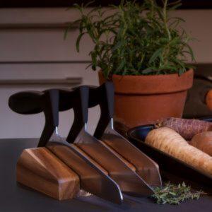 Litet knivblock i acasiaträ