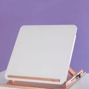 Bord med vinkelbar skiva